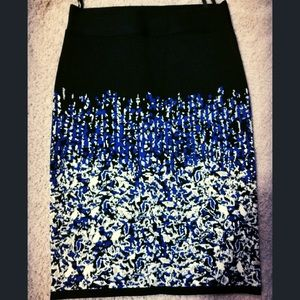BCBG maxazria bodycon skirt size small
